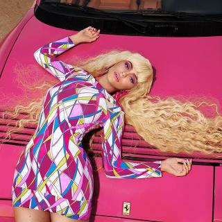 Kylie Jenner jako Barbie