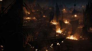 10. Morska bitwa Greyjoyów (s07e02) - niespodziewane starcie, któremu brak rozmachu, a wszystko skrywa mrok nocy. Walki brutalne, efektowne, ale też rozczarowujące, bo zwiastowane nam wielkie wojowniczki, Żmijowe Bękarcice, giną szybko, łatwo i bez fajerwerków.