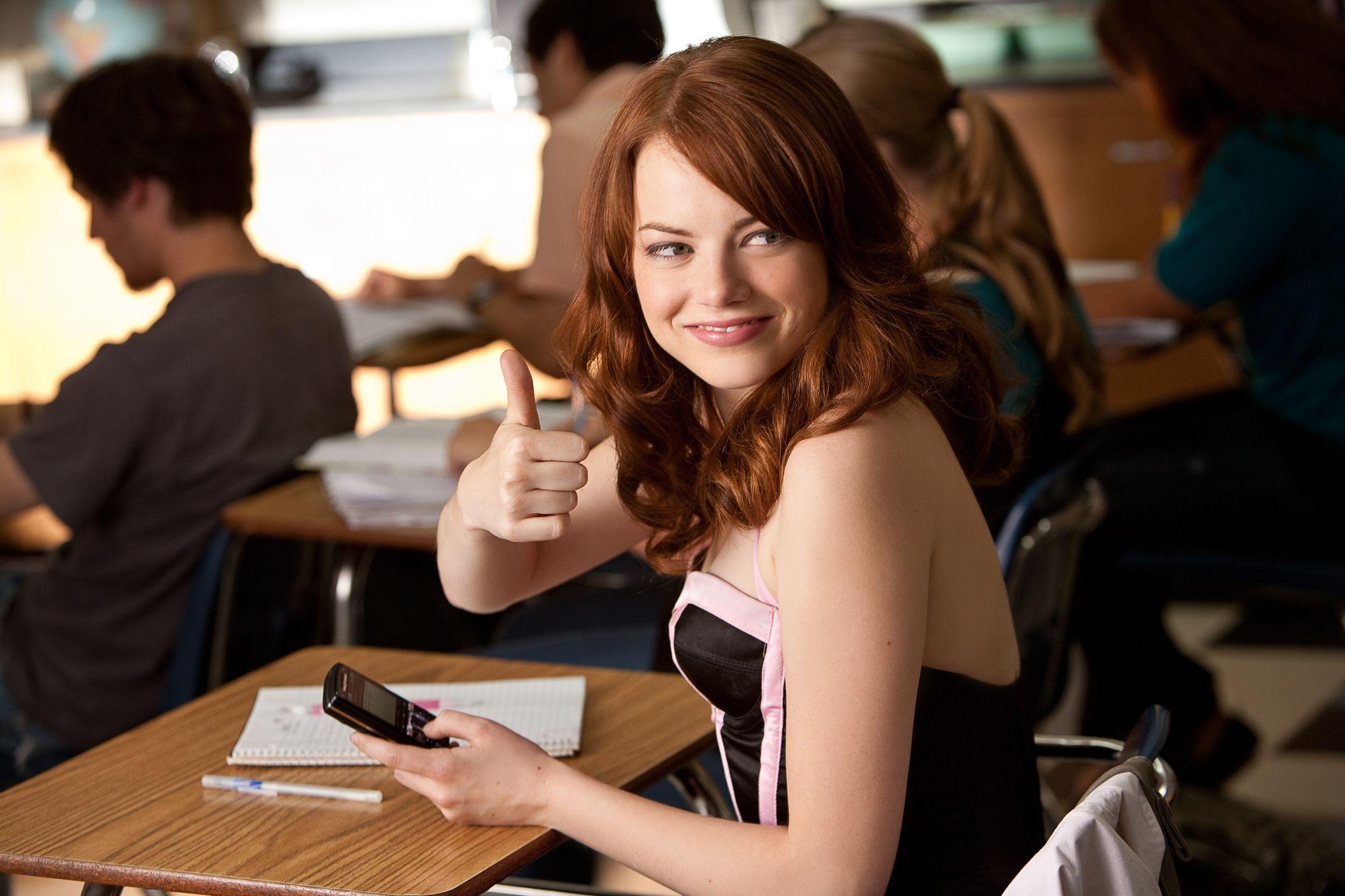 Spotykasz się z dziewczyną w klasie