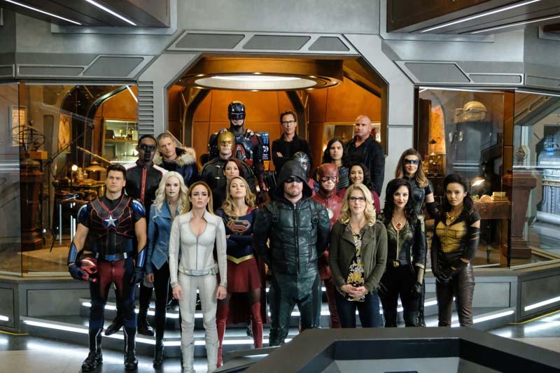 Kryzys na Nieskończonych Ziemiach - kolejni bohaterowie z Arrowverse powrócą w crossoverze seriali