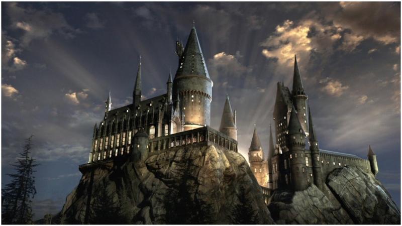 Harry Potter: niesamowita willa w czarodziejskim klimacie wśród rozchwytywanych ofert Airbnb [GALERIA]