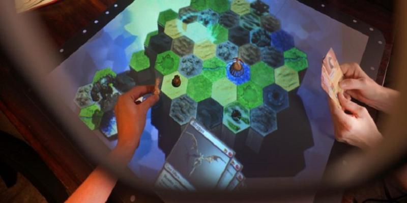 Zestaw Tilt Five trafił na Kickstartera. Przeniesie papierowe RPG do świata AR