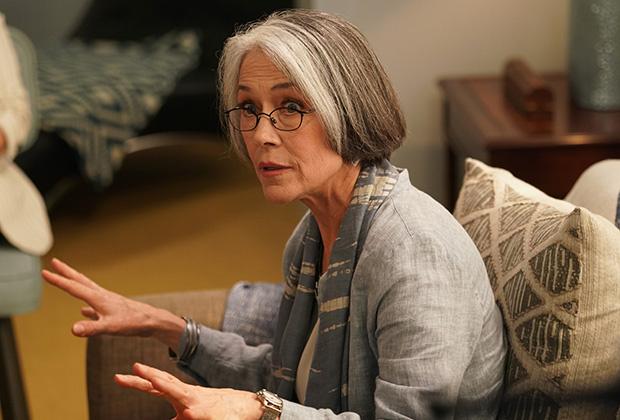 BH90210 – Carol Potter ponownie jako Cindy Walsh. Zdjęcia z 3. odcinka serialu