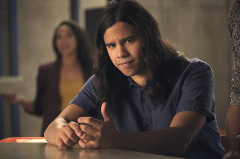 Flash - dwóch aktorów odchodzi z serialu. Byli w nim od początku