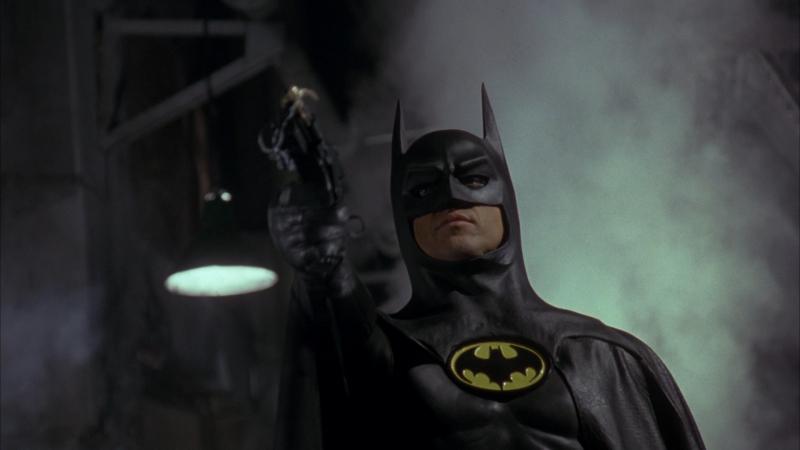 Chcesz oryginalny strój Batmana w domu? Trafi na aukcję - tanio nie jest