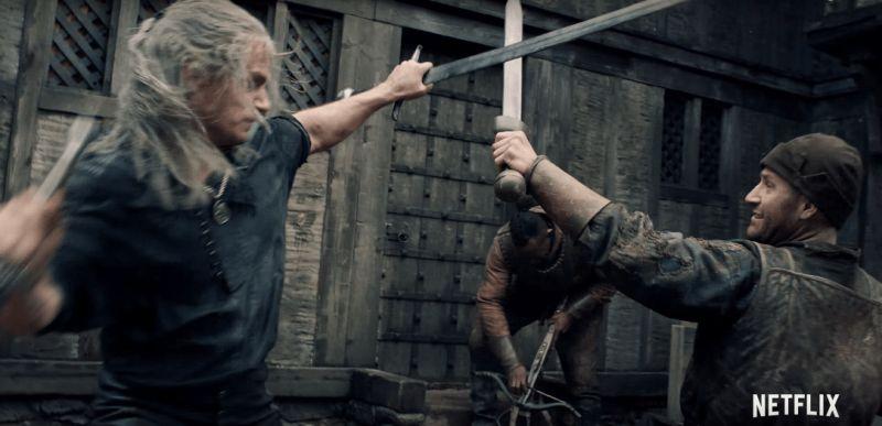 Wiedźmin - Henry Cavill analizuje scenę pojedynku w Blaviken w nowym wideo