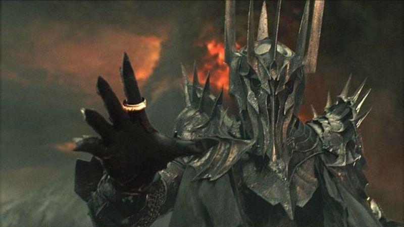Władca Pierścieni - nagość, brak seksu, Silmarillion i inne szczegóły serialu!