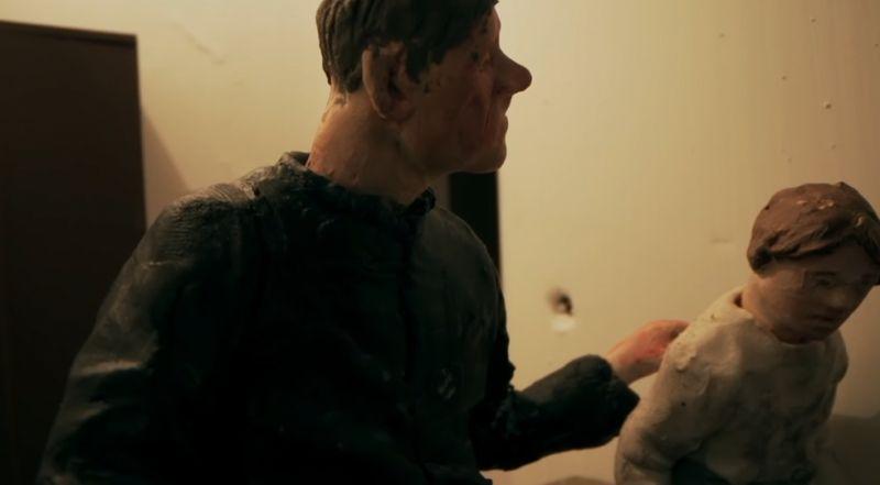 Zabawa w chowanego - film Sekielskich dostępny do obejrzenia online