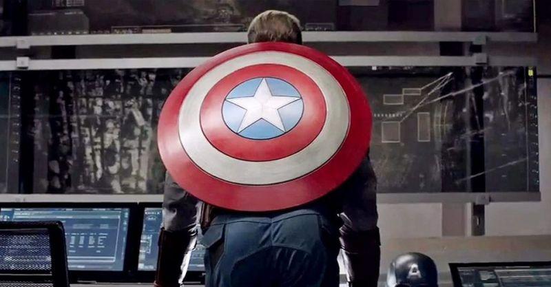 Pośladki Kapitana Ameryki to odpowiedź na wszystko. Przekona Was o tym... Wolverine