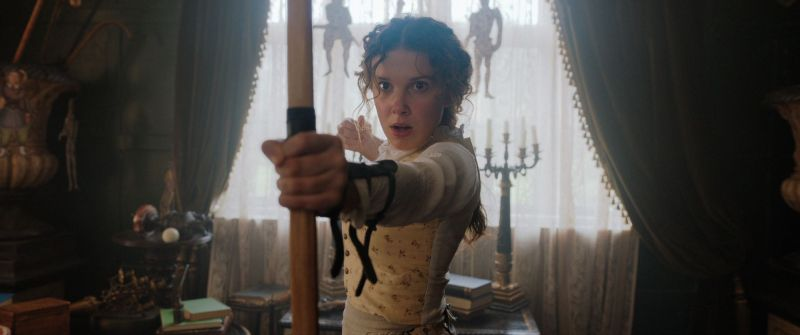 Enola Holmes: książkowy pierwowzór już wkrótce w okładce filmowej
