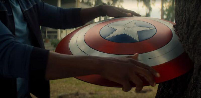 The Falcon and the Winter Soldier - Hasbro wypuściło replikę tarczy Kapitana Ameryki