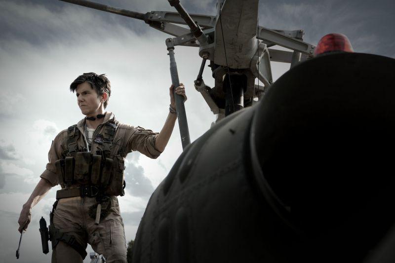 Armia umarłych - Deborah Snyder o dodaniu cyfrowo do filmu Tig Notaro