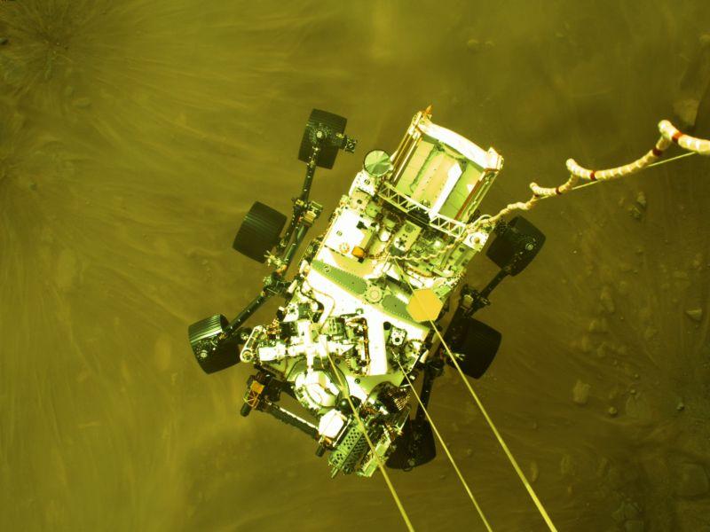 NASA ujawnia film z lądowania Perseverance i dźwięki Czerwonej Planety