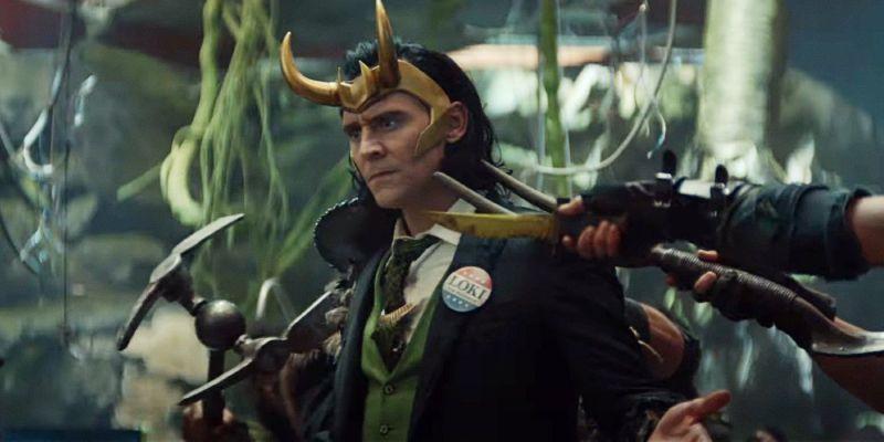 Loki będzie psocił w różnych kostiumach. Nowe plakaty z tytułowym bohaterem