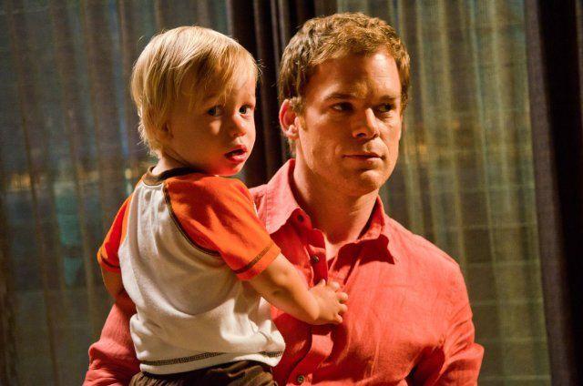 Dexter - syn protagonisty pojawi się w 9. sezonie? Zobaczcie teaser z okazji Dnia Ojca