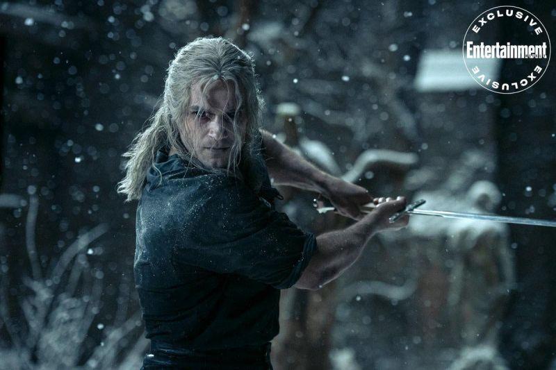 Wiedźmin - nowy plakat 2. sezon. Geralt ma chronić