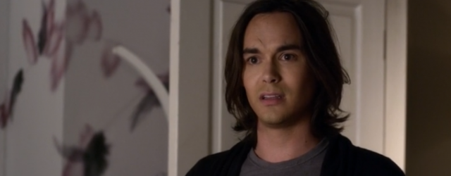 "Tyler Blackburn powraca do ""Pretty Little Liars"""