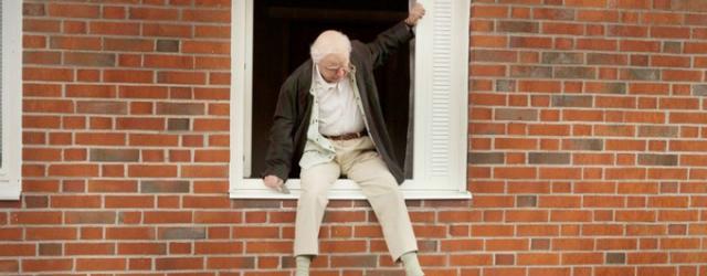 """""""Stulatek, który wyskoczył przez okno i zniknął"""": Wesołe jest życie staruszka – recenzja"""
