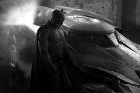 Batmobil w komiksach i filmach. Zobacz wszystkie wersje pojazdu Mrocznego Rycerza [GALERIA]