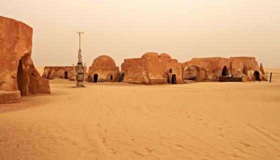 """Państwo Islamskie grasuje niedaleko Tatooine! Fani """"Gwiezdnych wojen"""" ostrzeżeni przed zwiedzaniem tunezyjskich lokacji z filmu"""