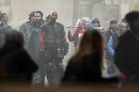 """Will Smith jako Deadshot. Nowe zdjęcia z planu """"Suicide Squad"""""""