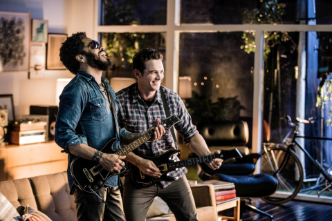 "James Franco i Lenny Kravitz w reklamie ""Guitar Hero Live"""