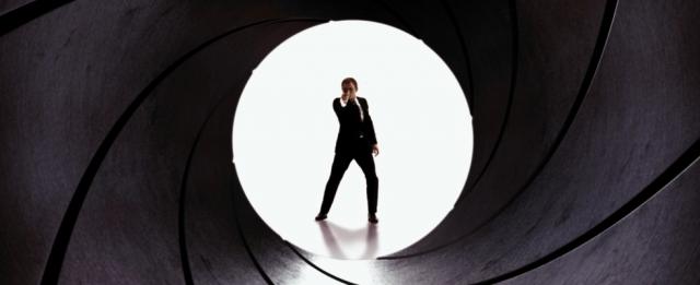James Bond kobietą? Wyniki badań oczekiwania fanów