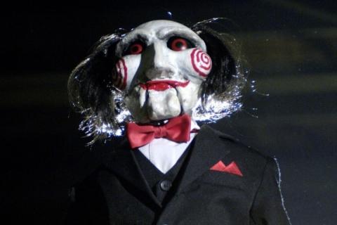Twórcy horroru Jigsaw o nadchodzącej produkcji. Nowe zdjęcie