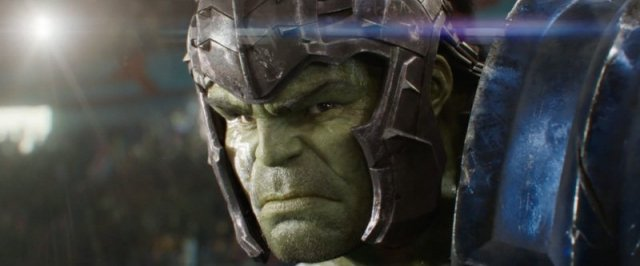 Thor: Ragnarok: Australijska wystawa prezentuje ogromne łóżko Hulka