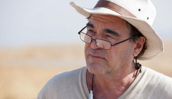 Oliver Stone krytykuje obecne podejście Hollywood do kręcenia filmów