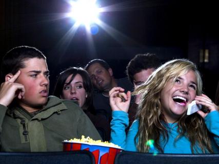 Kina chcą zwiększenia limitów dopuszczalnej frekwencji na salach kinowych