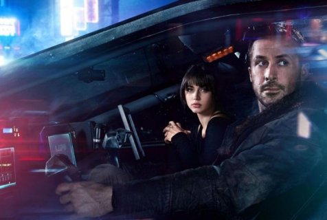 Piękna Ana de Armas promuje Blade Runner 2049. Zobacz sesję zdjęciową