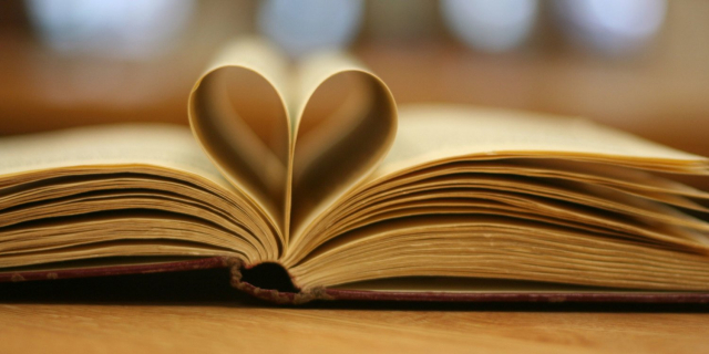 Jesienne bestsellery książkowe i komiksowe: przegląd premier