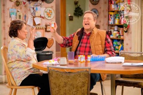 Roseanne: sezon 10, odcinek 1 i 2 – recenzja