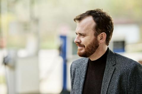 Samotność będzie jedną z chorób cywilizacyjnych w przyszłości – wywiad z Wojciechem Chmielarzem