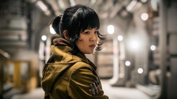 Rose usunięta z koszulek z Gwiezdnych Wojen. Jest komentarz