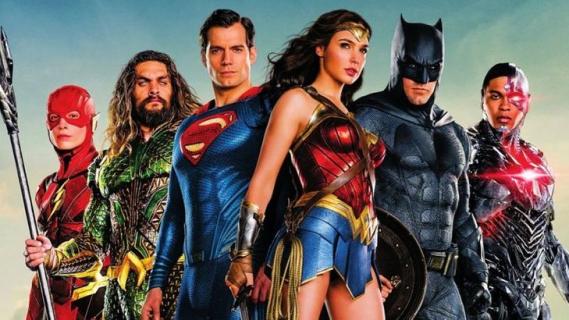 Zack Snyder sugeruje, że filmy DCEU nie miały być powiązane jak MCU