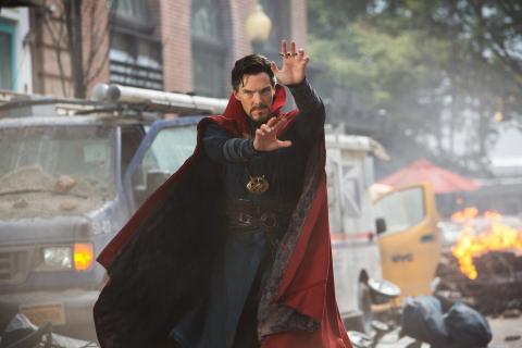 Avengers: Wojna bez granic - Doktor Strange w zbroi Iron Mana! Zdjęcie i zaskakujące informacje