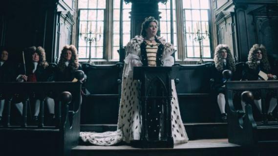 Emma Stone i Rachel Weisz w filmie The Favourite. Zobacz nowe zdjęcia