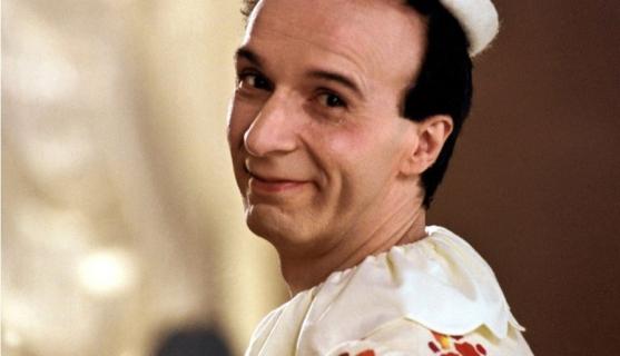 Roberto Benigni jako Dżepetto na pierwszym zdjęciu z nowego Pinokia