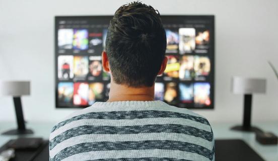 Rośnie przewaga Netflixa nad pozostałymi platformami VoD w Polsce