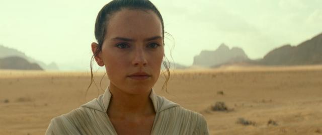 Gwiezdne Wojny: Rise of Skywalker - powróci wątek rodziców Rey?