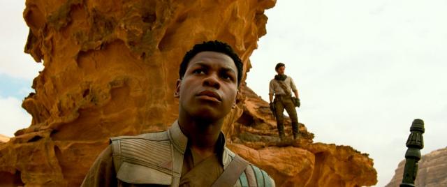 Skywalker. Odrodzenie - Poe, Finn i Chewbacca na nowym zdjęciu z filmu