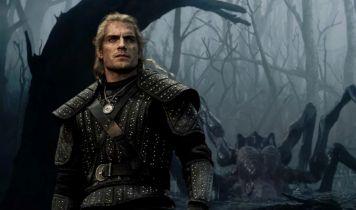 Wiedźmin - Sapkowski był na planie serialu. Co myśli o Grze o tron?