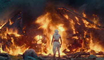 Gwiezdne Wojny: Skywalker. Odrodzenie - nowe spoty. Spoilerowy powrót postaci z części VI!