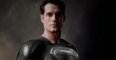 Liga Sprawiedliwości - Zack Snyder pokazuje swojego Supermana. Ma czarny kostium