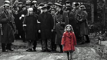 Przejmujące filmy o obozach koncentracyjnych