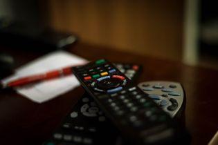 Nielsen: przez epidemię wzrośnie zainteresowanie telewizją