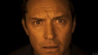 Dzień trzeci - nowy zwiastun serialu HBO z Judem Law w roli głównej