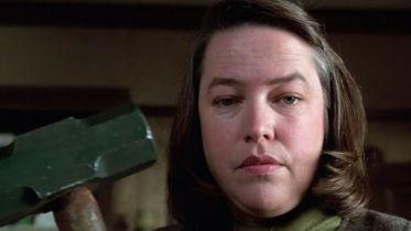 Dlaczego Stephen King kocha Misery, a nienawidzi Lśnienia?